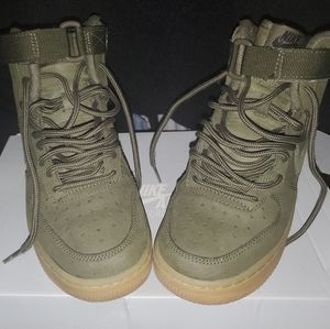 Olive High Top Air Force One's